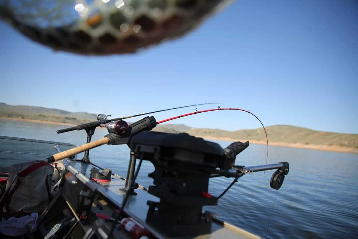 best overall kayak fish finders with transducer