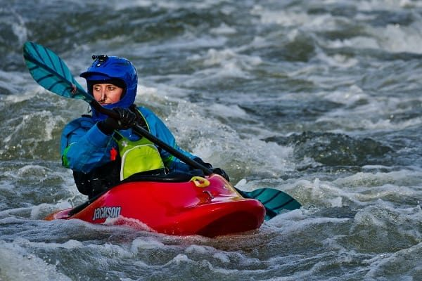 what to wear kayaking in cold weather